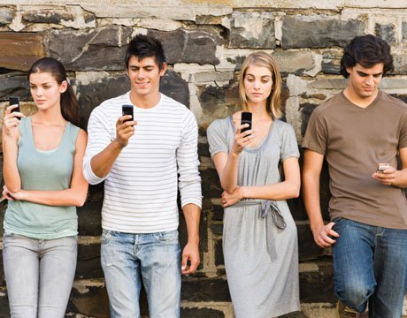 young-adults-texting-lg