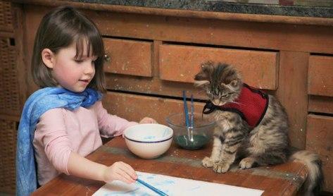 thula-therapy-cat-autistic-artist-iris-grace-272